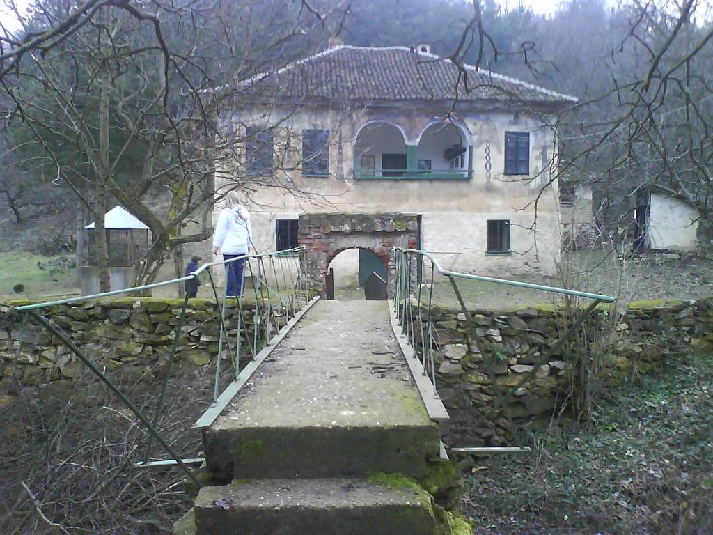 Stara srpska kuća